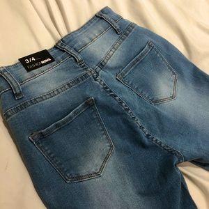 Fashion Nova - high rise ripped jeans - size 3/4